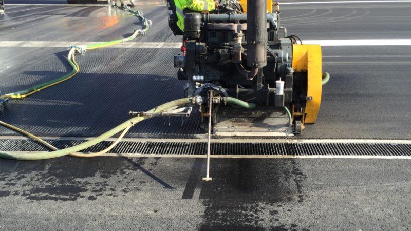 runway cleaning roadgrip