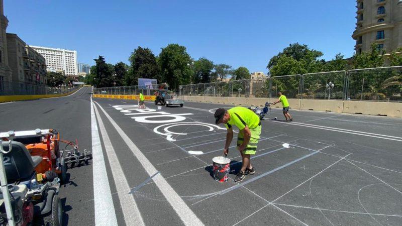 F1 race painting roadgrip