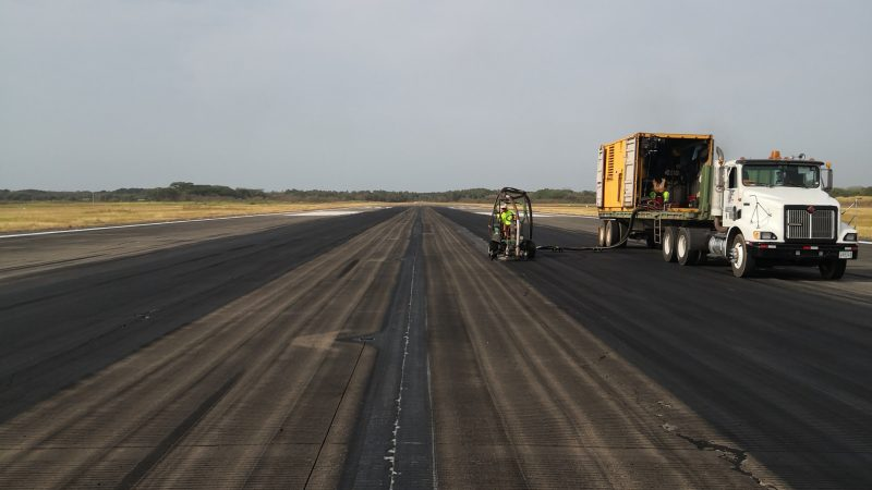 rubber removal tocumen runway