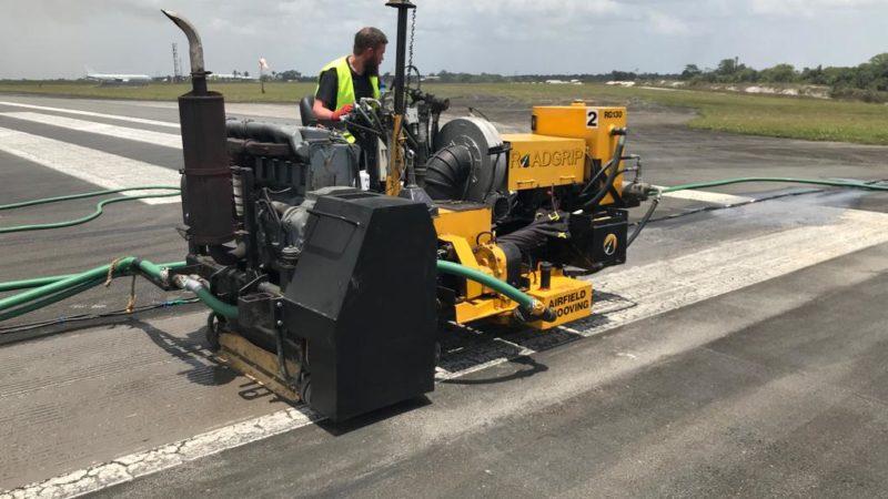airfield grooving machine roadgrip