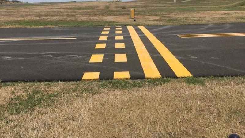airfield line marking roadgrip
