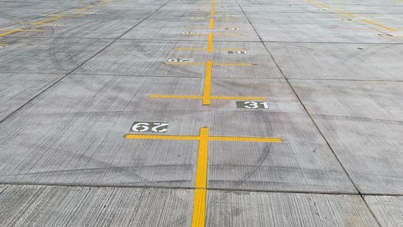 bay markings shipping port