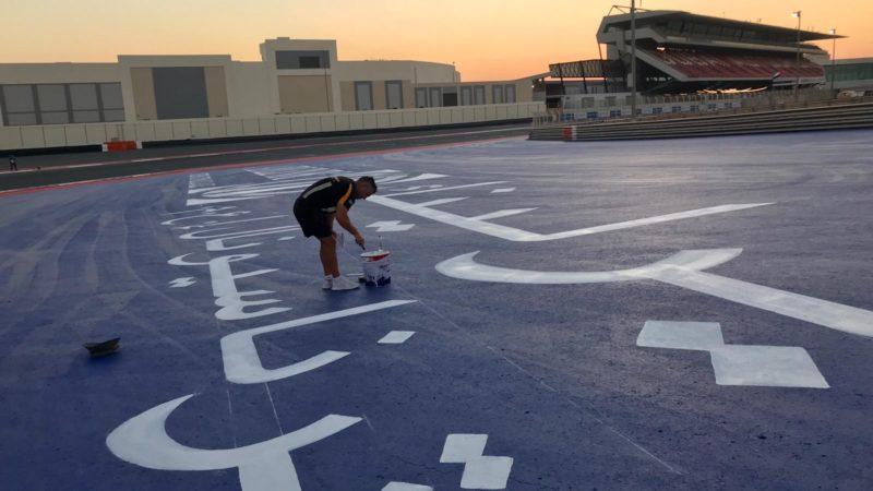 dubai autodrome road marking