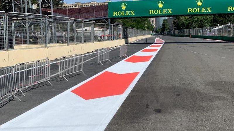 edge line painting roadgrip Baku