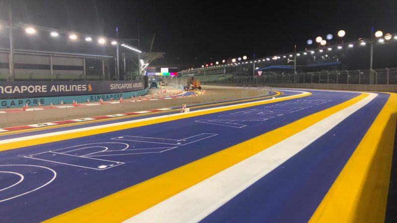 how to apply track markings motorsport