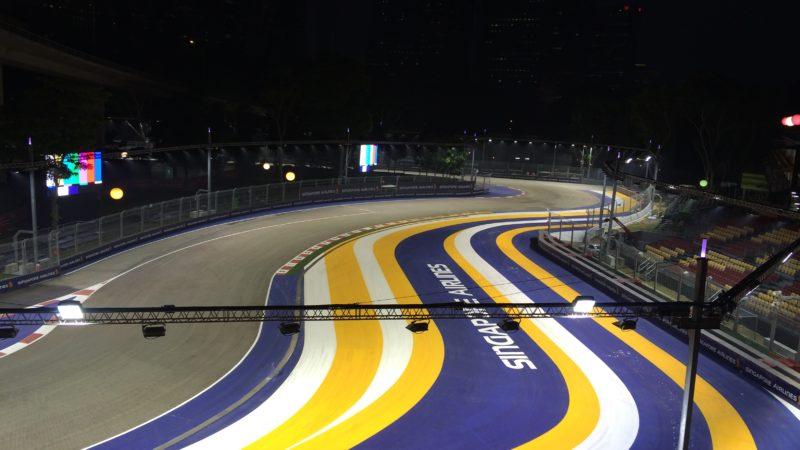 track marking singapore F1