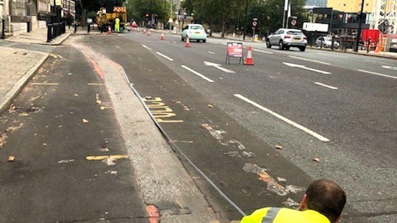 road marking canary wharf