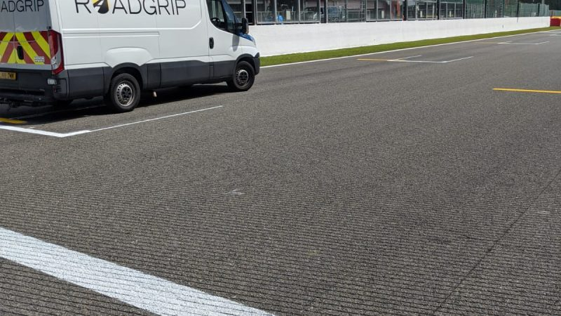 roadgrip track marking F1