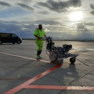 roadgrip van airfield line marking