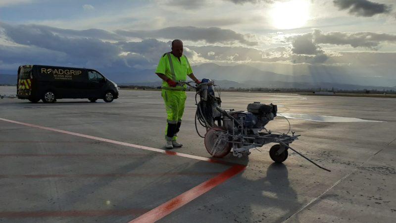 roadgrip van airfield line marking