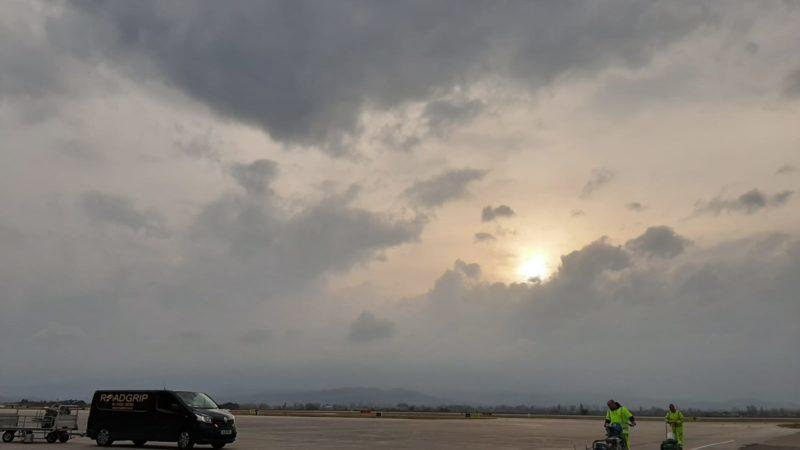 roagrip van airfield marking
