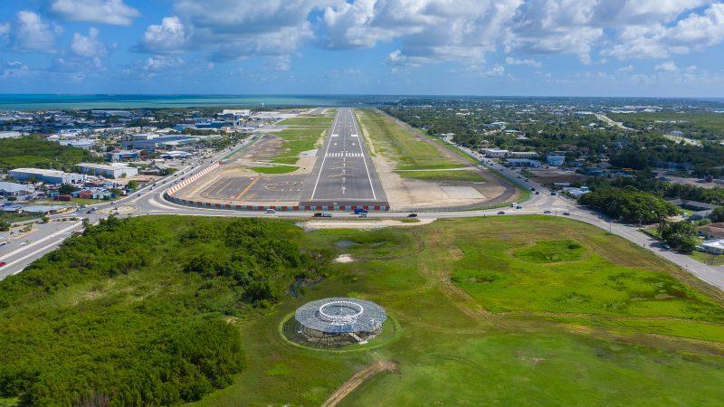 runway cayman airport