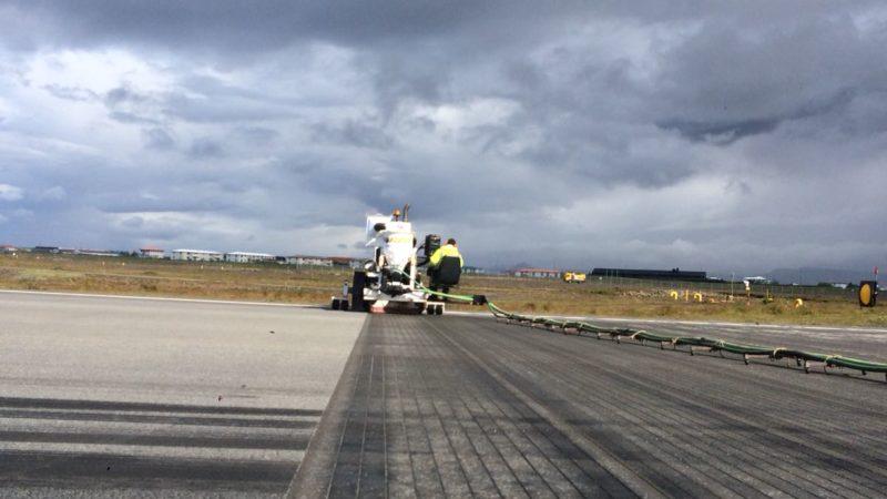 runway grooving iceland