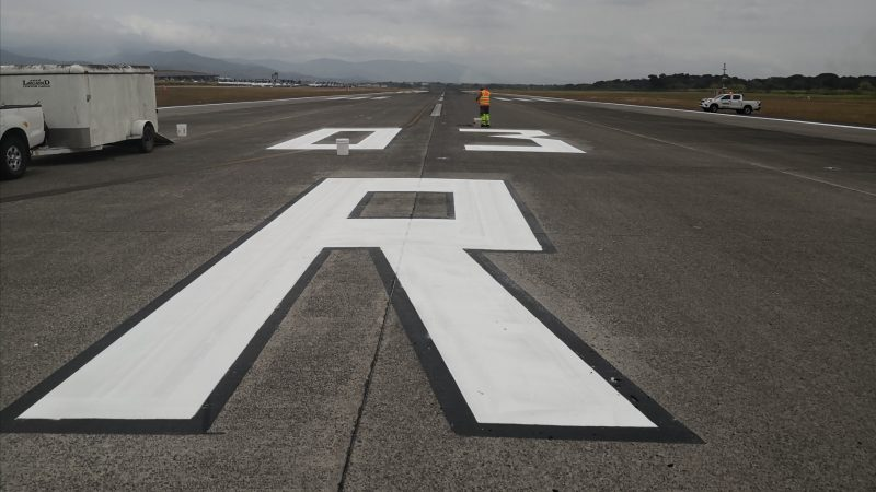 runway marking roadgrip