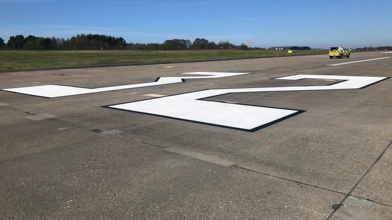 runway markings by roadgrip