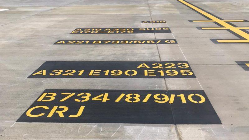 runway markings manchester airport