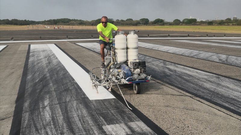 runway painting roadgrip