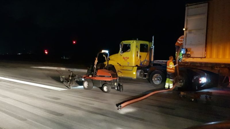 runway rubber removal aruba