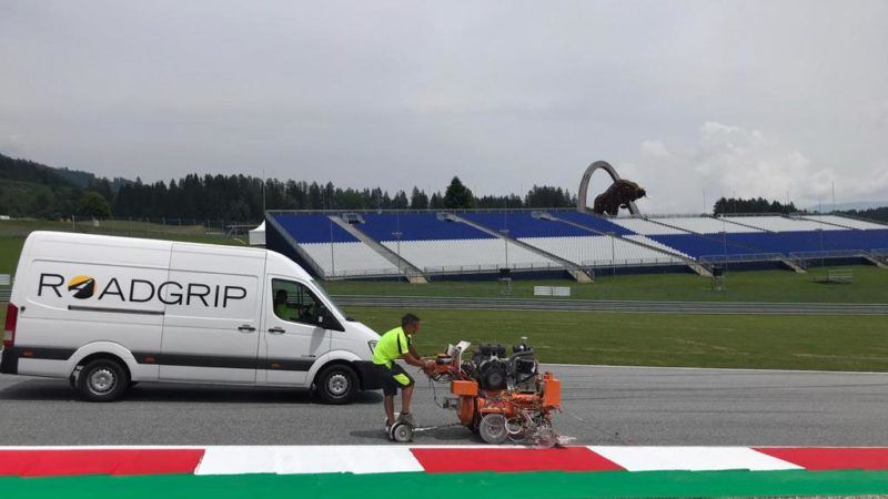 track painting roadgrip red bull ring