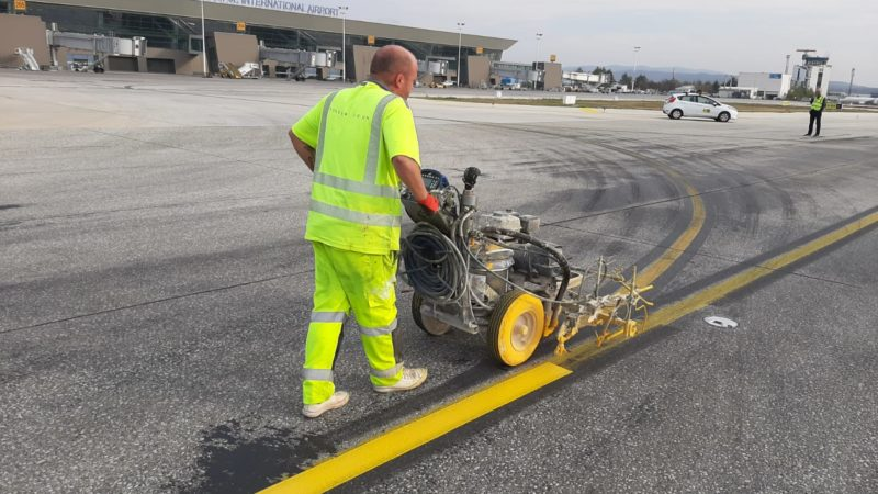 yellow line marking taxiway